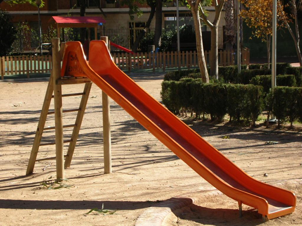 JUcarii de exterior pentru copii